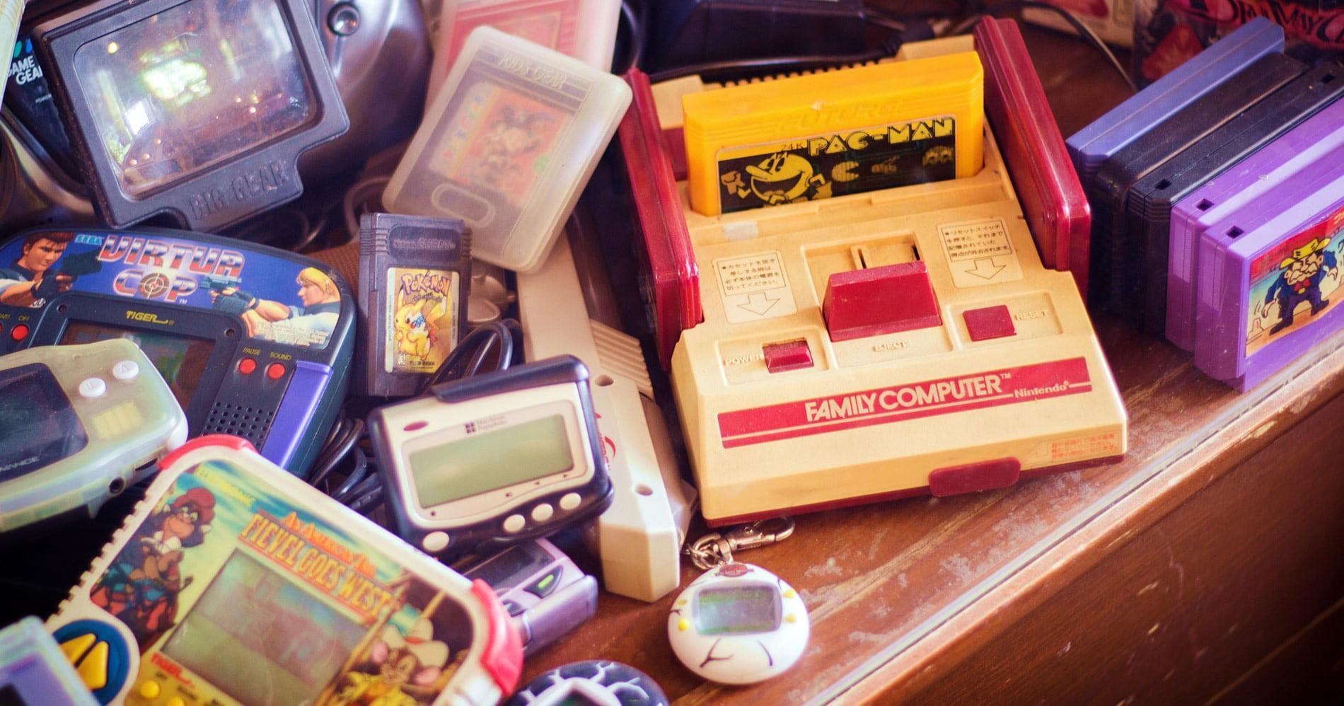 old video games - retro console